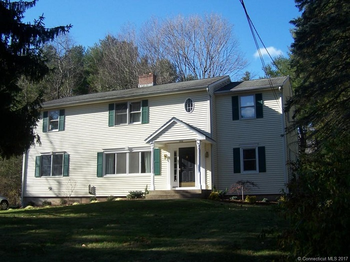 119 Peters Ln, Middlefield, CT 06481