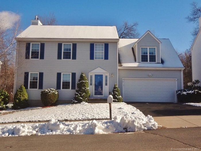 21 Timothy Dr, Middletown, CT 06457