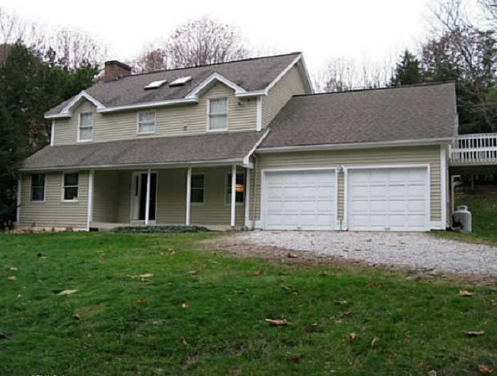 67 Wig Hill Rd, Chester, CT 06412