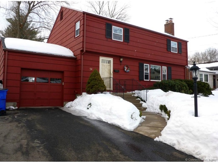 54 Crest St, Wethersfield, CT 06109
